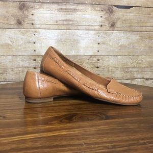 WOMENS LOAFERS EUC SIZE 8B